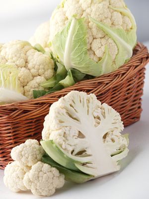 cruciferous cauliflower masquerades as mashed potatoes - recipes by Dara Thompson N.D.