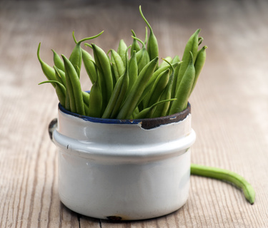 Green Beans with Hazelnuts and Thyme a recipe by Dara Thompson, Naturopathic Doctor